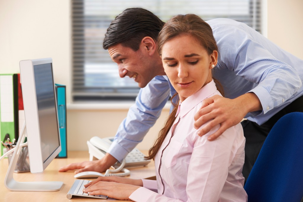 sexual harasment in the work place How to prevent sexual harassment record incidents of workplace sexual harassment take notes and keep record of any sexual harassment that occurs.